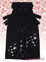 七歳女の子用刺繍入袴★さくら★黒/桜柄