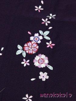 画像2: 7歳〜10歳向き女の子用刺繍入袴★藤 75cm★ダークパープル系/八重桜・小花柄